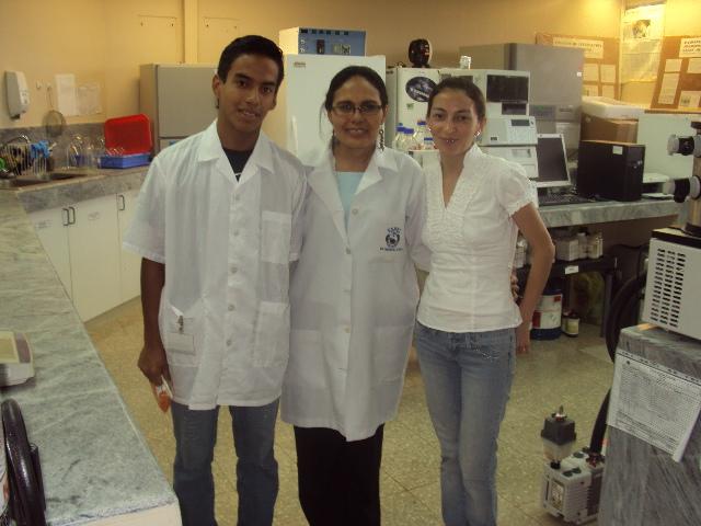 gRACIAS A NUESTRA PROFESORA LA DR. MANZANO QUE SIEMPRE ESTA PARA AYUDARNOS