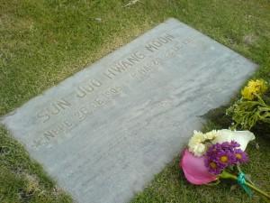 He aquí la tumba a la cual me refiero.