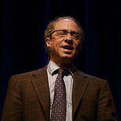 Raymond Kurzweil hablando en Stanford