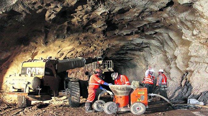 http://www.pichinchauniversal.com.ec/sector-minero-sera-un-gran-aportador-economico/