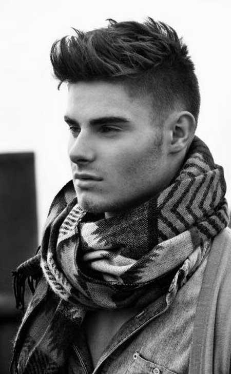 Corte de pelo para hombres bajos