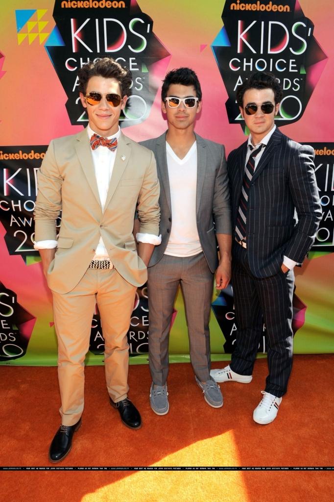 Jonas Brothers - kids choice awards 2010