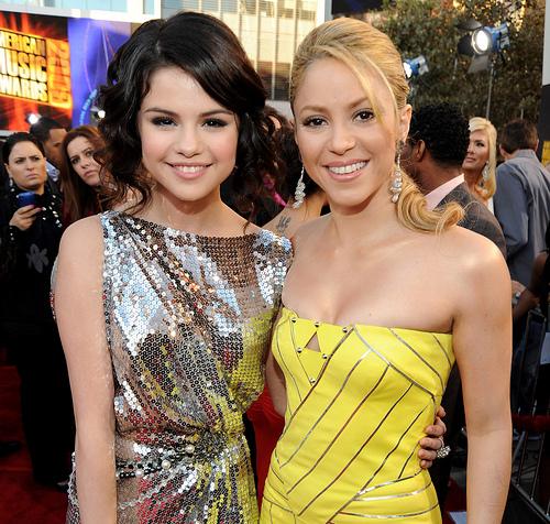 Selena Gomez y Shakira