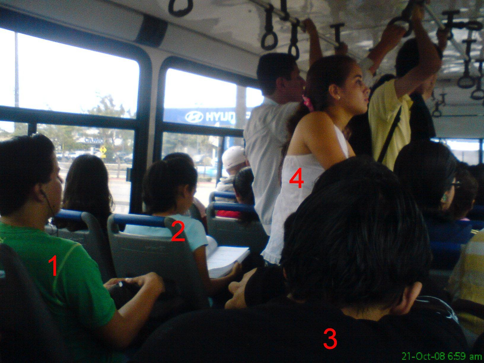 Clasificación de Estudiantes Politécnicos en el Bus