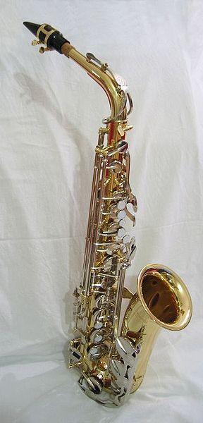 Instrumentos Musicales De Viento. es un instrumento musical
