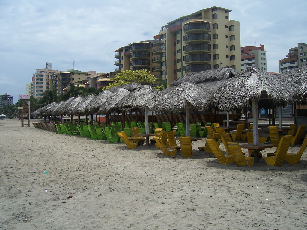 tonsupa playas feriado carnaval