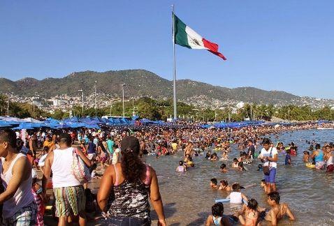 turistas ecuatorianos acapulco