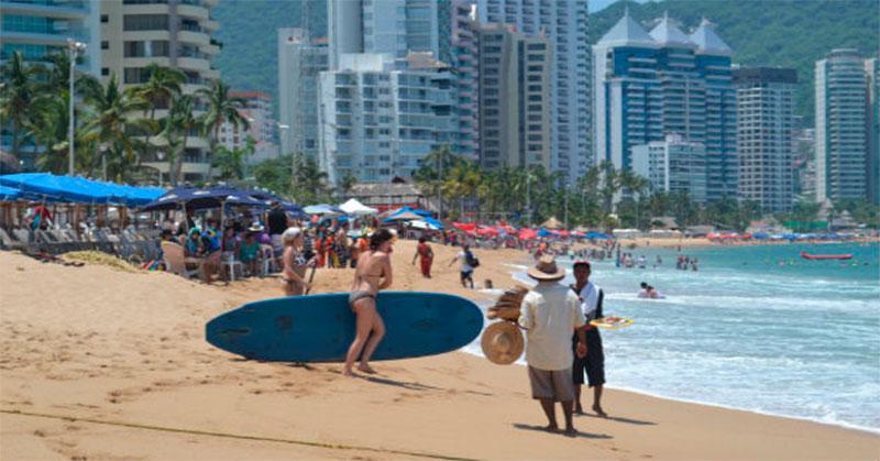 turistas ecuatorianos mexico acapulco