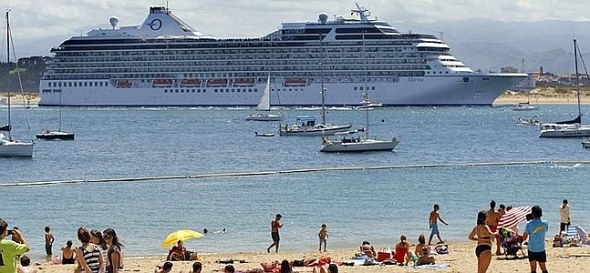 crucero marina manta ecuador