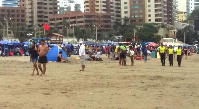 feriado turismo turistas ecuador feriado