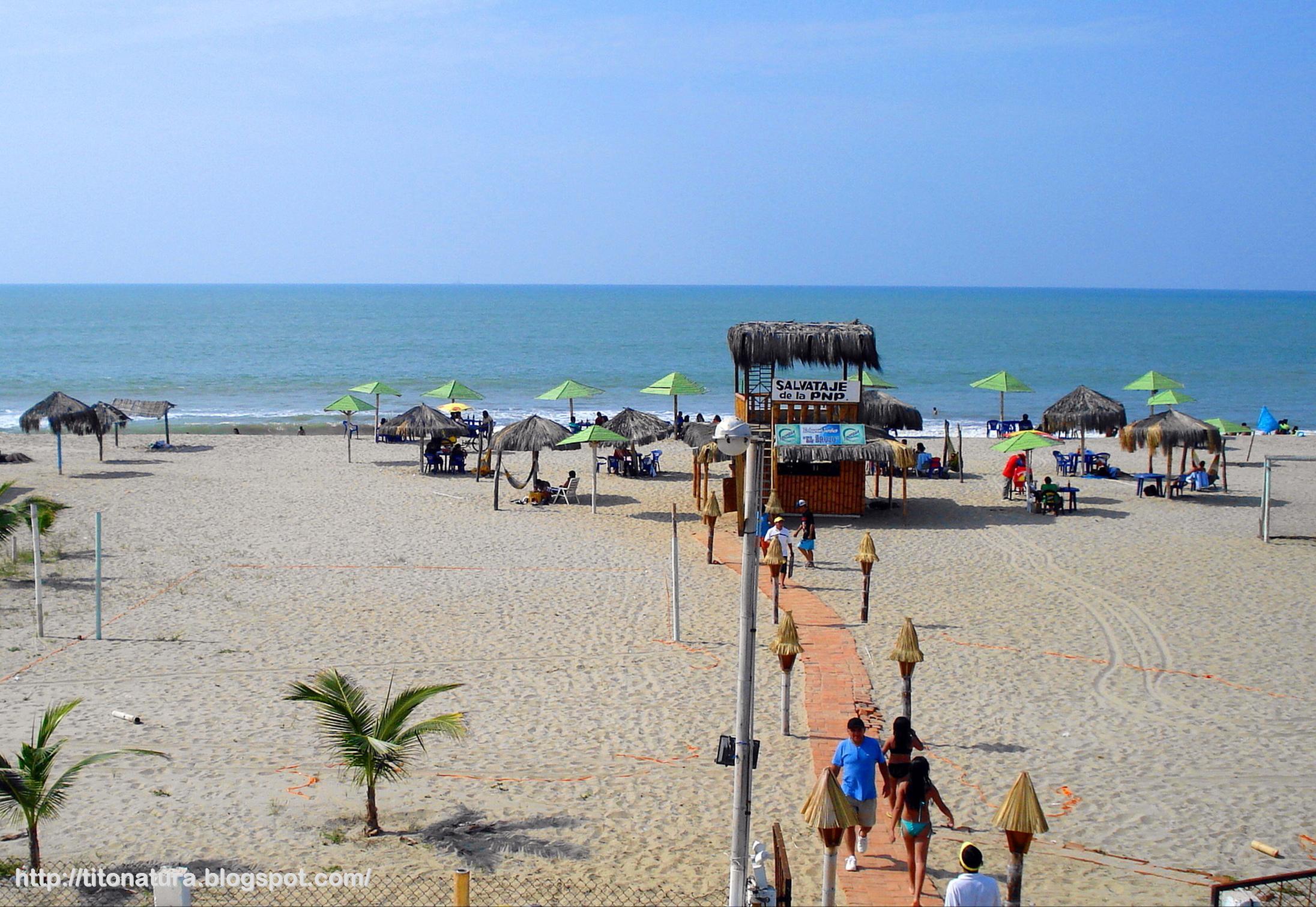 playa zorritos peru turistas ecuatorianos