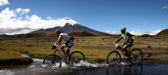 destinos turismo de aventura en ecuador andino sierra montaña
