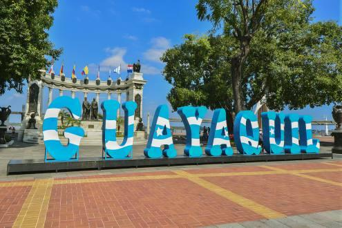 Guayaquil recibe más turistas superando a Quito por primera vez