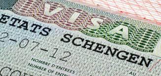 Ecuador busca acuerdos para eliminar la visa Schengen. Turismo internacional