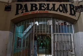 Visitar el ex penal Garcia Moreno la antigua cárcel o prisión en Quito. Turismo Negro