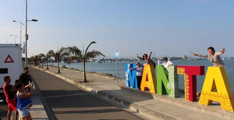 Llegan a la ciudad de Manta 97 mil turistas durante el último feriado