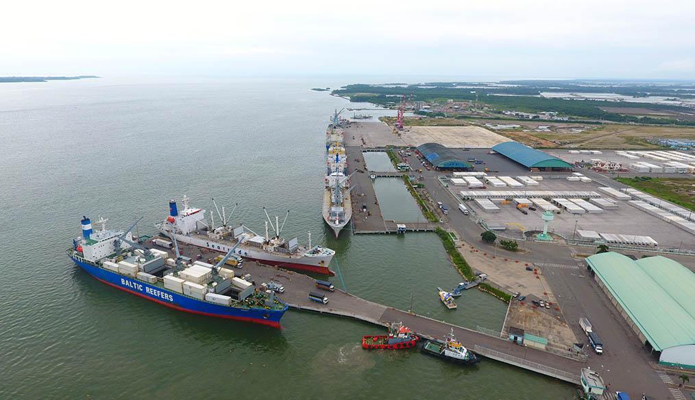 Puerto de Manta y Bolivar en Ecuador buscan renovar su infraestructura