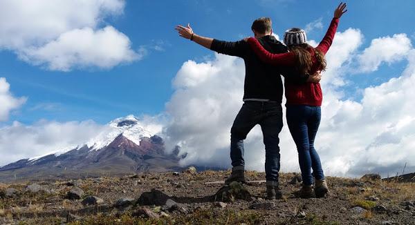 Ecuador reactiva el turismo con la reapertura del parque nacional Cotopaxi.