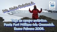 EN TRAJE DE CAMPO PARA LA ANTARTICA